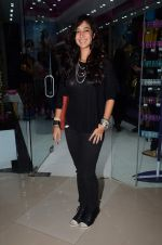 Shaira at friendship Day celebration at Ayesha Store, Phoenix Mills Lower Parel on 30th July 2015 (17)_55bb249c573a0.JPG