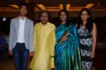 Kavita Krishnamurthy, L. Subramaniam at the music launch of Gour Hari Dastaan on 31st July 2015 (58)_55bca9e87c0b7.JPG