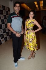 Vidya Malvade, Murli Sharma at the music launch of Gour Hari Dastaan on 31st July 2015 (91)_55bcabefd9671.JPG