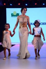 Tara Sharma at Smile Foundations Fashion Show Ramp for Champs, a fashion show for education of underpriveledged children on 2nd Aug 2015(267)_55bf1b95b9f0b.JPG