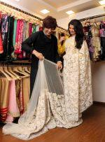 Bhagyashree Praises Rohit Verma_s Collections (8)_55c0c1949605c.jpg