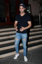 Karan Wahi at Manish Paul
