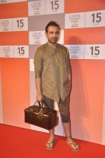 Mayank Anand at Lakme fashion week preview in Mumbai on 3rd Aug 2015 (162)_55c07d1e4bcbe.JPG