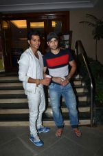 Vivian Dsena, Karanvir Bohra at Manish Paul