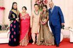 Divyanka Tripathi  at Luv Isranis Reception_55c1b2daf04d0.jpg