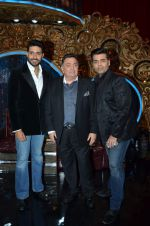 Abhishek Bachchan and Rishi Kapoor on the sets of Jhalak Dikhlaajaa on 5th Aug 2015