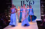 Model walk the ramp for IIJW 2015 Day 3 on 5th Aug 2015 (115)_55c3209ec9370.JPG