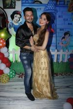 Sara Khan Birthday Party in Mumbai on 6th Aug 2015 (43)_55c454847d709.jpg