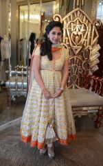 Rinke Khanna at Abu Jani Sandeep Khosla unveiled their latest collection- VARANASI at the opening of BMW India Bridal Fashion Week on 7th Aug 2015 (17)_55c5d7085481c.JPG