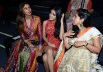 Rinke Khanna, Shweta nanda at Abu Jani Sandeep Khosla unveiled their latest collection- VARANASI at the opening of BMW India Bridal Fashion Week on 7th Aug 2015 (37)_55c5d70d4e3c6.JPG