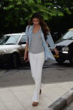 Athiya Shetty snapped at domestic airport on 8th Aug 2015