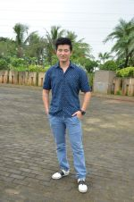 Meiyang Chang at tree plantation event in Malad on 9th Aug 2015 (23)_55c856399bf5a.JPG