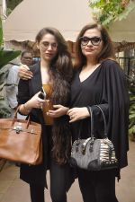 Salma Agha press meet with daughter Sasha Agha in Mumbai on 9th Aug 2015 (31)_55c858610c3c0.JPG