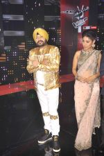 Daler Mehndi at Voice of India - Independence day special shoot in R K Studios on 10th Aug 2015 (61)_55c9a6163fc9a.JPG
