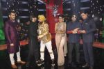 Karan Tacker,Himesh Reshammiya, Mika Singh, Daler mehndi , Sunidhi Chauhan, Shaan at Voice of India - Independence day special shoot in R K Studios on 10th Aug 2015 (65)_55c9a60342d92.JPG