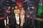 Karan Tacker,Himesh Reshammiya, Mika Singh, Daler mehndi , Sunidhi Chauhan, Shaan at Voice of India - Independence day special shoot in R K Studios on 10th Aug 2015 (69)_55c9a60459f86.JPG