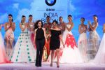 Model walk the ramp for Gauri Nainika Show at India Bridal Week Day 4 on 9th Aug 2015