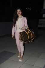 Konkana Bakshi snapped at Airport on 11th Aug 2015