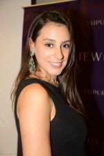 Anindita Nayar at Jaipur Jewels Rise Anew collection launch in Napean Sea Road on 12th Aug 2015 (242)_55cc4b5d4f086.JPG