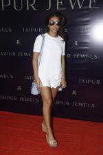 Surily Goel at Jaipur Jewels Rise Anew collection launch in Napean Sea Road on 12th Aug 2015 (147)_55cc4bf759955.JPG