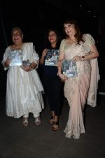 Zarine Khan_s The Khan_s Family Secret Cookbook book Launch in The Charcoal Project on 12th Aug 2015 (78)_55cc4a7d49a53.JPG