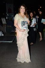 Zarine Khan_s The Khan_s Family Secret Cookbook book Launch in The Charcoal Project on 12th Aug 2015 (83)_55cc4a7e49427.JPG