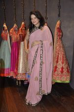 Arzoo Govitrikar at Shyamal Bhumika_s new wedding line launch in Kemp_s Corner on 13th Aug 2015 (159)_55cda7e596656.JPG