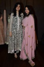 Arzoo Govitrikar at Shyamal Bhumika_s new wedding line launch in Kemp_s Corner on 13th Aug 2015 (163)_55cda7e84c424.JPG