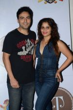 Ayaz Khan, Aarti Singh at Rocky S nites in Royalty, Mumbai on 13th Aug 2014 (62)_55cda6d1d2fbf.JPG