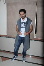 Ayushman khurana at Umang festival in NM College on 14th Aug 2015 (10)_55cf27b32ab91.JPG