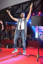Ayushman khurana at Umang festival in NM College on 14th Aug 2015 (19)_55cf27bace286.JPG