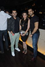 Akriti kakkar, Karan Tacker at RJ  Malishka_s bash in Lalit Hotel on 15th Aug 2015 (50)_55d07b91ecf8e.JPG