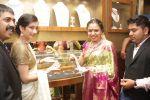 Akshara Haasan Launch Diamonds Showroom on 20th Aug 2015 (94)_55d7392e0e0d5.jpg