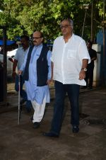 Boney Kapoor at Shraddha Kapoor_s grandfather_s prayer meet in Juhu, Mumbai on 18th Aug 2015 (93)_55d71f73a5dc8.JPG