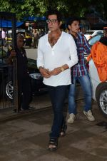 Shakti Kapoor at Shraddha Kapoor_s grandfather_s prayer meet in Juhu, Mumbai on 18th Aug 2015 (67)_55d71fe0c6ff4.JPG