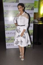 Sonali Bendre at Oriflame event in Blue Frog on 20th Aug 2015 (4)_55d73b674ed8a.JPG