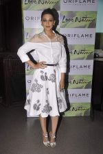 Sonali Bendre at Oriflame event in Blue Frog on 20th Aug 2015 (6)_55d73b6926366.JPG