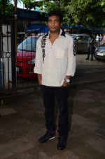 Sunil Pal at Shraddha Kapoor_s grandfather_s prayer meet in Juhu, Mumbai on 18th Aug 2015 (66)_55d7201196eca.JPG