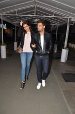 Upen Patel and Karisma Tanna snapped as they watch All is Well in PVR on 20th Aug 2015 (6)_55d73ae8d2c52.JPG