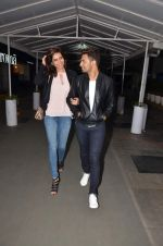 Upen Patel and Karisma Tanna snapped as they watch All is Well in PVR on 20th Aug 2015 (7)_55d73b089c91c.JPG