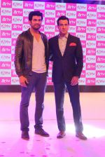 Ronit Roy, Sharad Kelkar at &TV launches two new shows in Sahara Star on 25th Aug 2015 (54)_55dd7fc6cae11.JPG