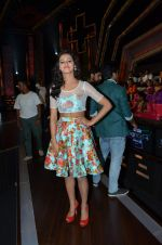 Shakti Mohan on location of Dance plus in Yashraj Studios on 25th Aug 2015 (26)_55dd8198e47b5.JPG