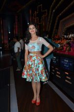 Shakti Mohan on location of Dance plus in Yashraj Studios on 25th Aug 2015 (28)_55dd819a932c2.JPG