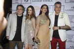 Sonali Bendre, Suzanne Khan at Abu Jani Red Carpet on 25th Aug 2015