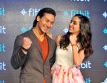 Tiger Shroff and Shraddha Kapoor in Delhi for fitbit launch in Mumbai on 25th Aug 2015 (16)_55dd7ec6d47d7.jpg