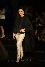 Ragini Khanna at Payal Singhal Show on day 1 of LIFW on 26th Aug 2015