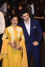 Sooraj Pancholi, Zarina Wahab at Manish Malhotra Show on day 1 of LIFW on 26th Aug 2015