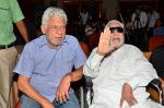 Kader Khan, Om Puri at film Hogaya Dimaagh Ka Dahi press meet in Mumbai on 28th Aug 2015 (2)_55e161d5c19a0.JPG