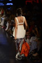 Model walks for Masaba Show at LIFW on 28th Aug 2015 (453)_55e1a531415b2.JPG