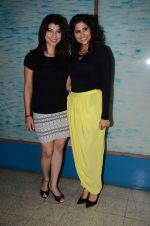 Tejaswini Pandit, Sai Tamhankar at Marathi film Tu Hi Re song recording in Famous on 31st Aug 2015 (87)_55e5558633adc.JPG